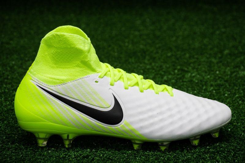 Футболни обувки Nike Magista Orden II FG