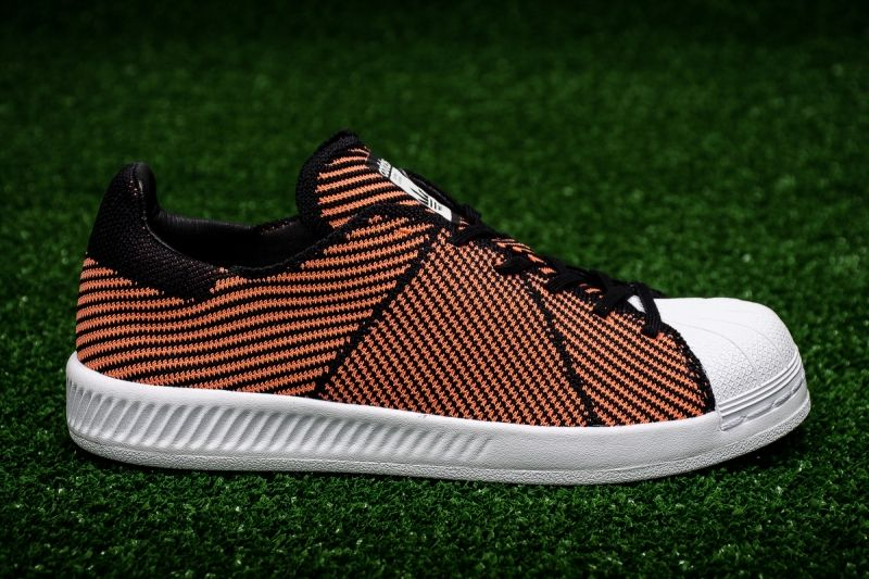 Кецове adidas Originals WMNS Superstar Bounce Primeknit