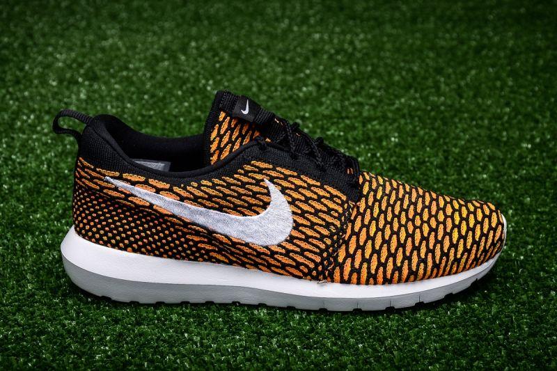 Кецове Nike Roshe NM Flyknit