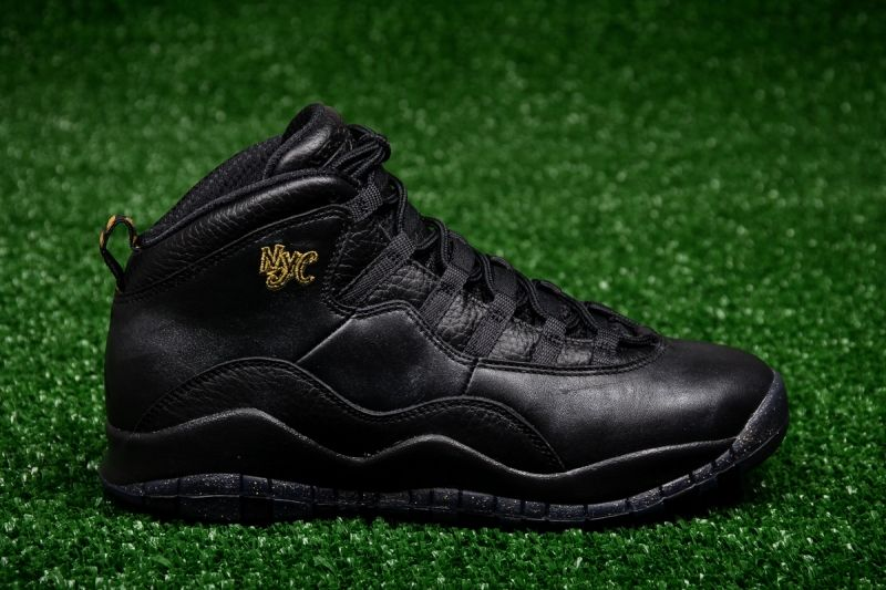 Кецове Air Jordan 10 Retro BG City Pack New York City