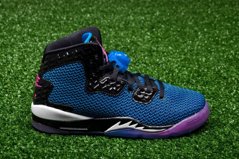 Кецове Air Jordan Spike Forty BG