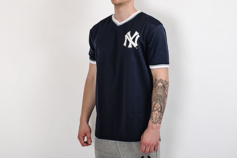 Тениска Majestic MLB New York Yankees Longline Warm Up Poly Jersey