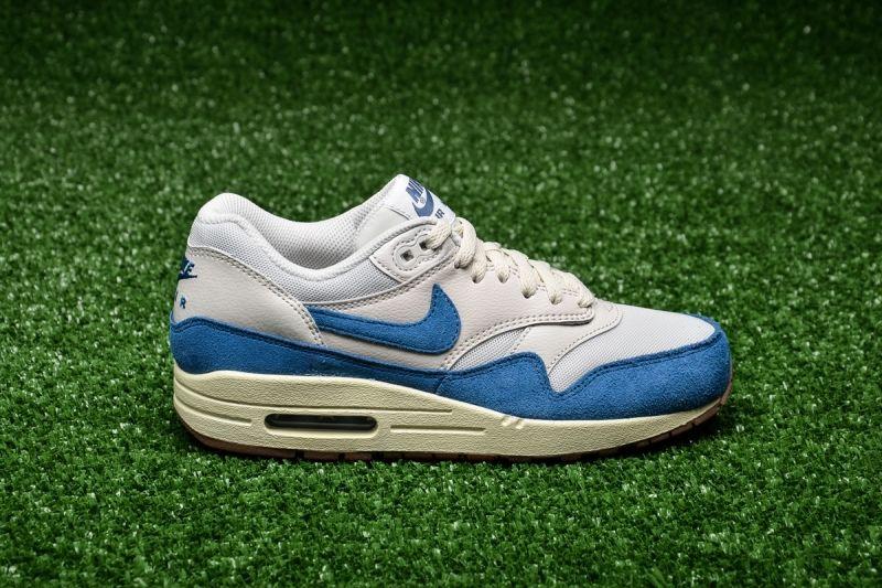Кецове Nike WMNS Air Max 1 Essential