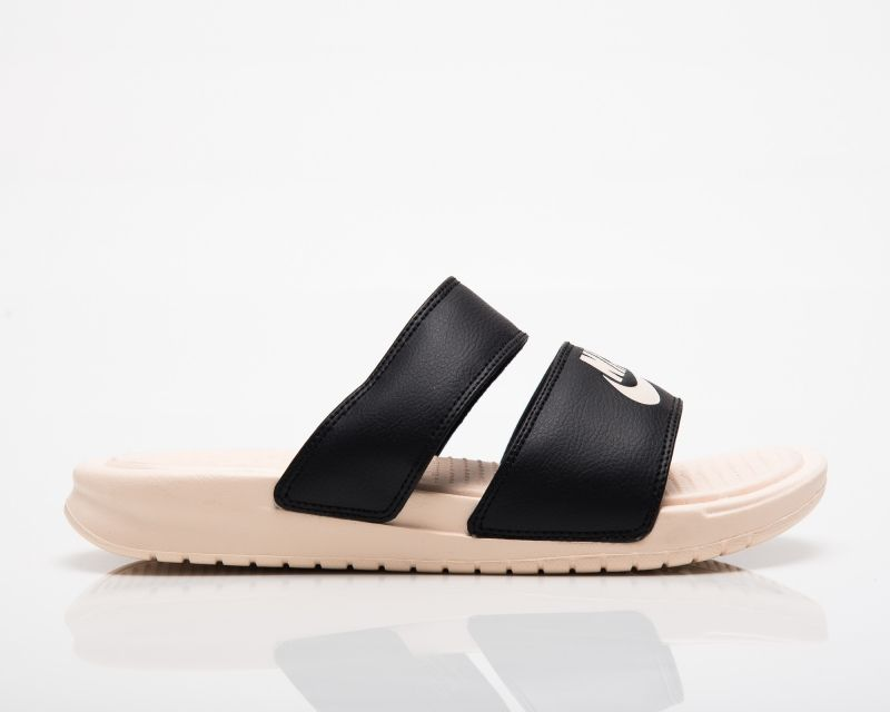 Type Slides Nike Wmns Benassi Duo Ultra Slide