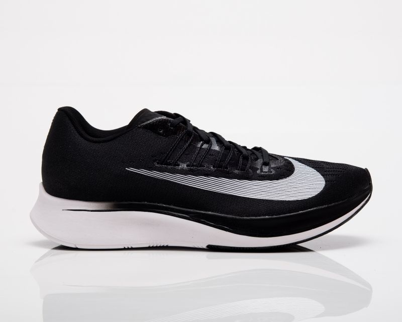 Type Running Nike Zoom Fly