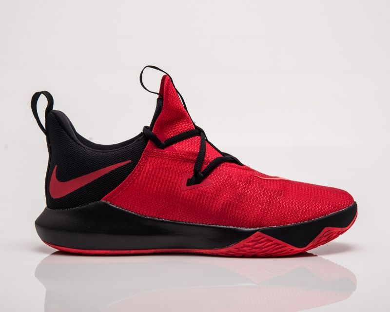 Type Basketball Nike Zoom Shift 2