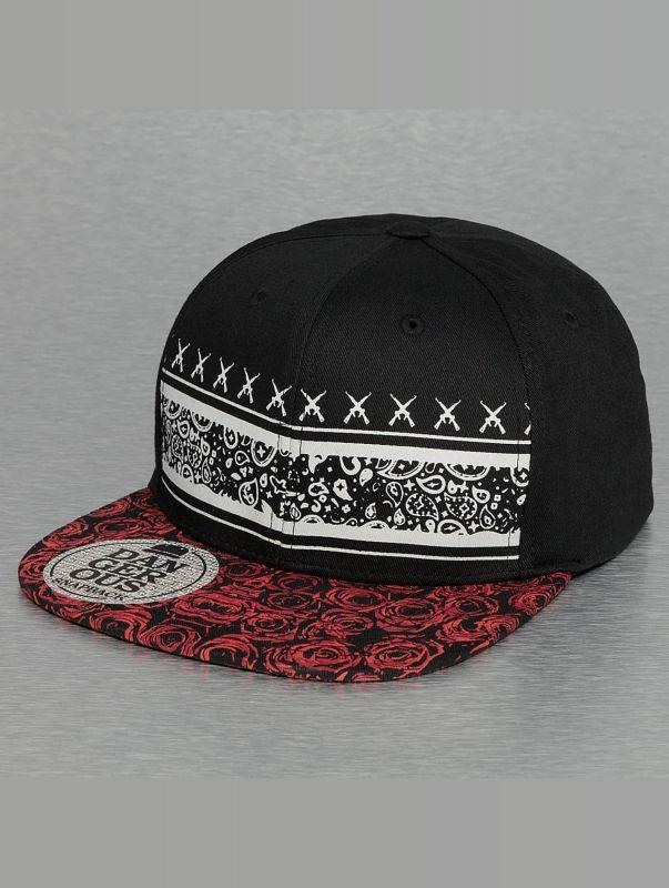 Dangerous DNGRS / Snapback Cap Rose in black