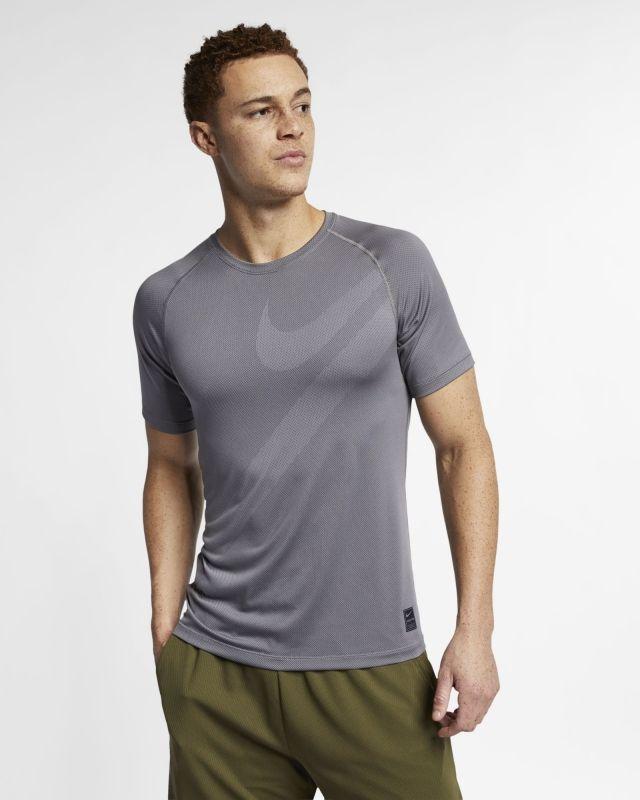 Type Shirts Nike Pro Top