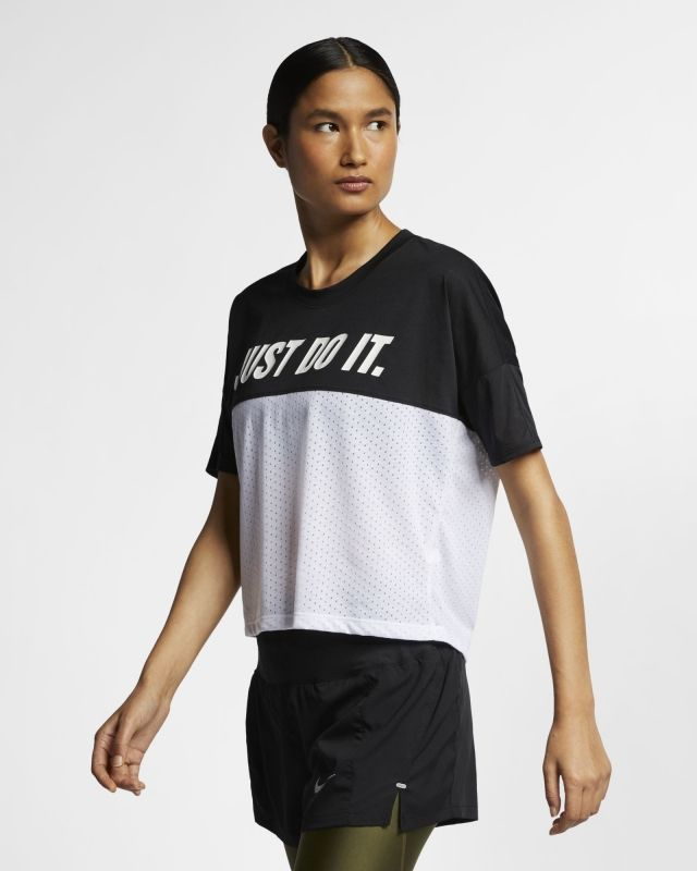 Type Shirts Nike Wmns Tailwind Running Top