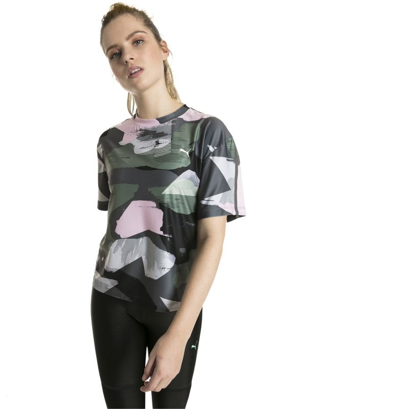 Type Shirts Puma Wmns Chase AOP Tee
