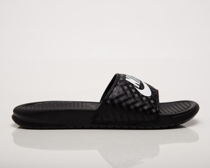Type Slides Nike Wmns Benassi Just Do It