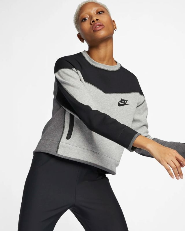 Type Hoodies Nike Wmns Sportswear Tech Fleece Crew