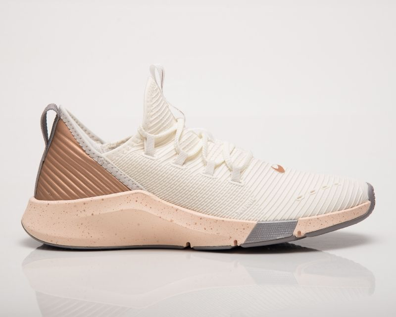 Type Training Nike Wmns Air Zoom Elevate Metallic