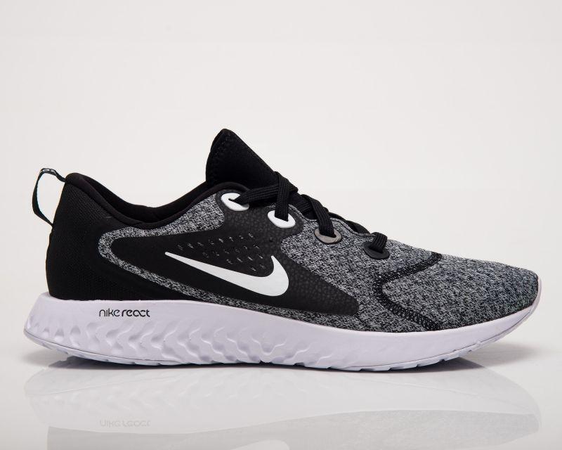 Type Running Nike Legend React