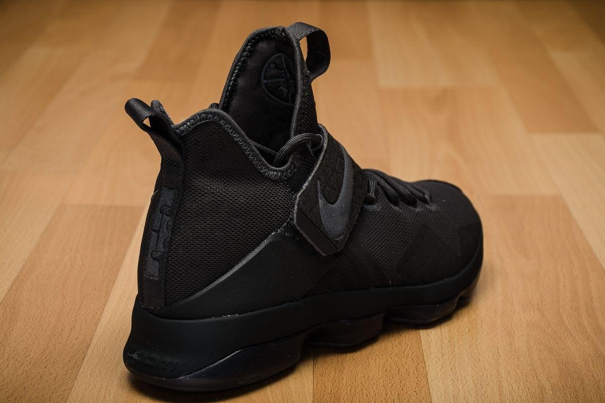 official photos 22988 6ca97 Type Basketball Nike Lebron XIV Limited Zero Dark Thirty
