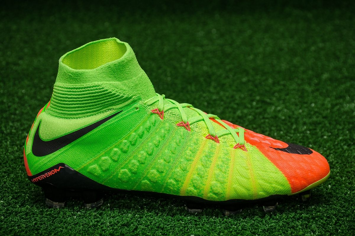 online store 56fef e81a3 Type Soccer Nike Hypervenom Phantom 3 DF FG