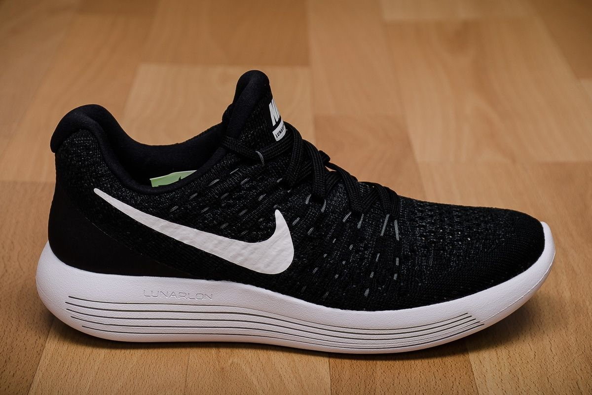 the latest 9a62c 260a5 Type Running Nike WMNS Lunarepic Low Flyknit 2