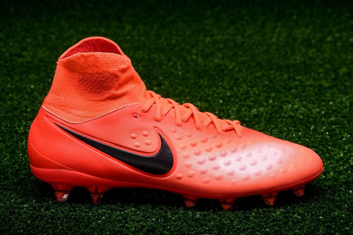 bce05f37a845 Type Soccer Nike Magista Orden II FG