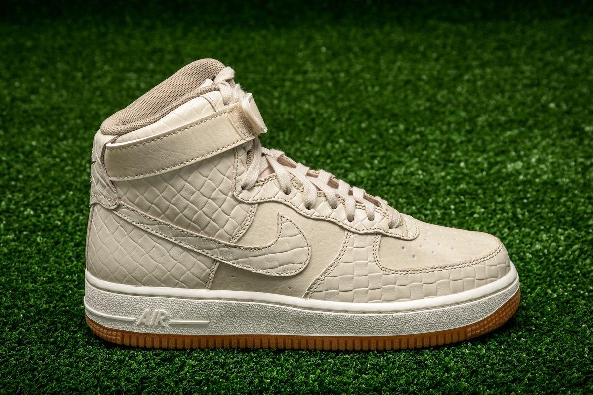 Nike WMNS Air Force 1 High Premium