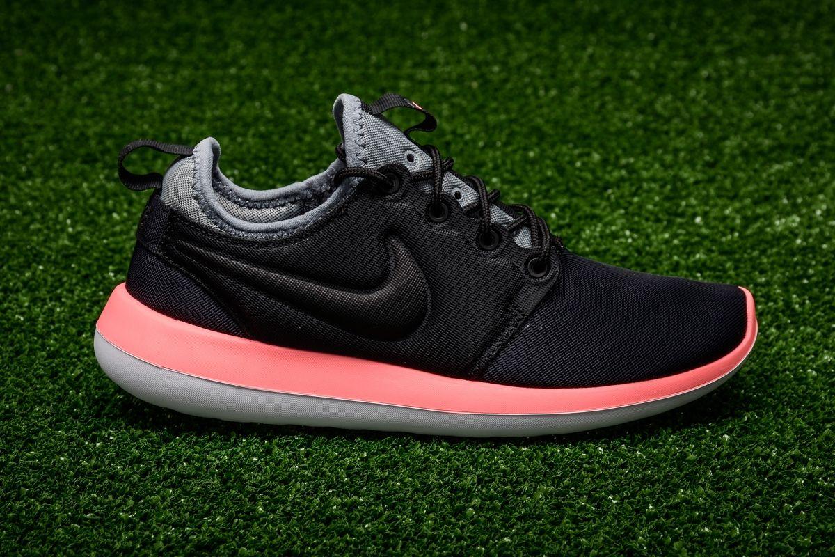 eb7f1183b51fb Кецове Nike WMNS Roshe Two