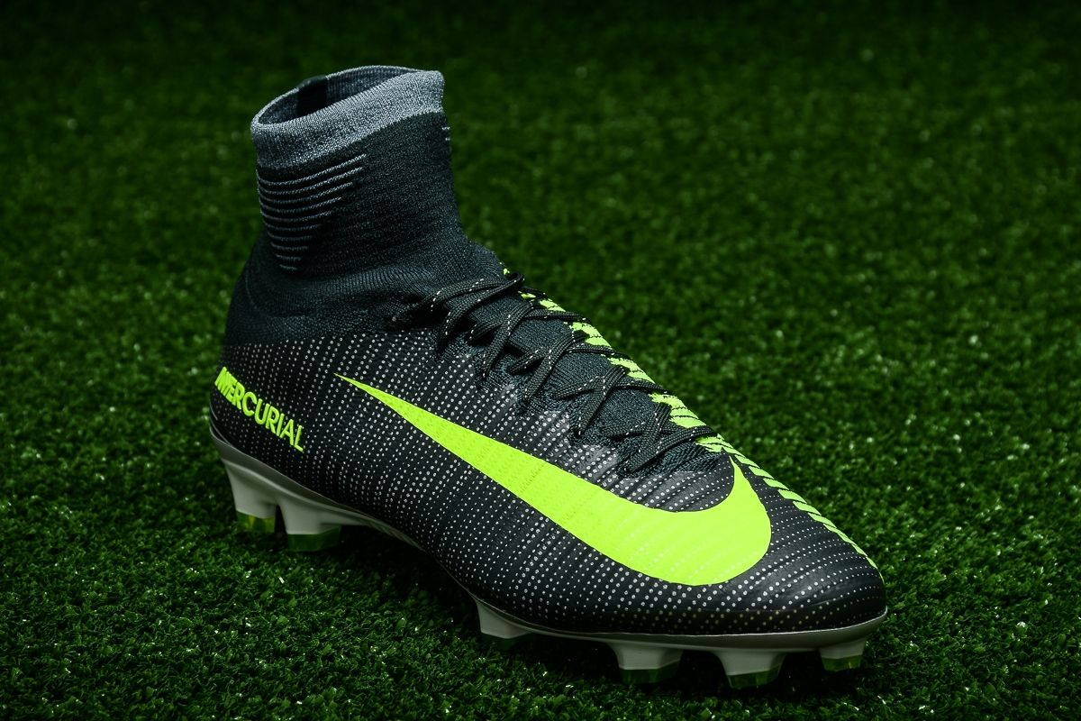 958fabbe2 Type Soccer Nike Mercurial Superfly V CR7 FG
