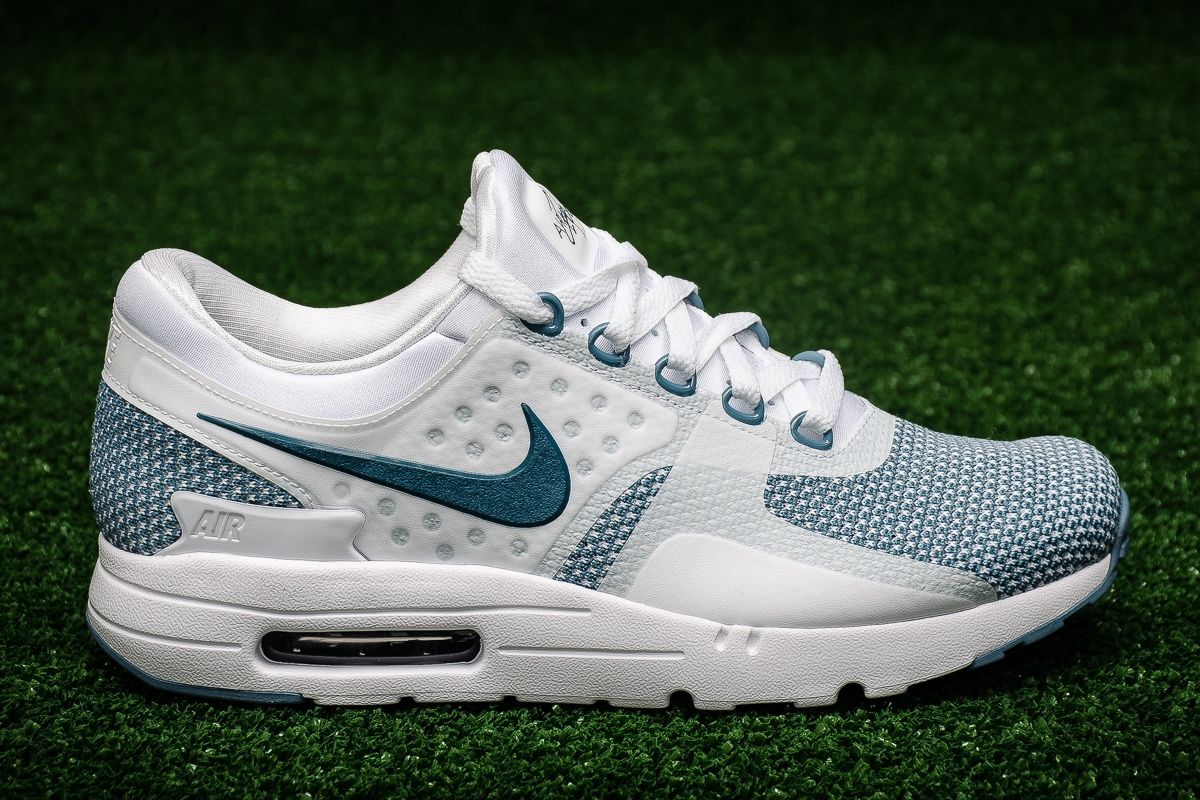 premium selection ebae4 de7c0 Type Casual Nike Air Max Zero Essential