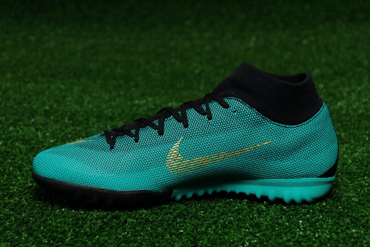 c7d0a48905c2 Type Soccer Nike MercurialX Superfly VI Academy CR7 TF
