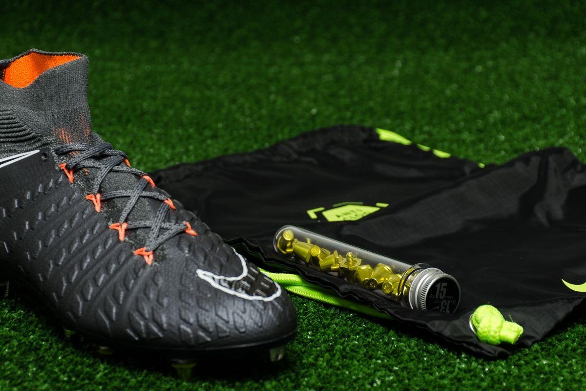 super cute 9a169 3584b Футболни обувки Nike Hypervenom Phantom 3 Elite DF SG-PRO AC