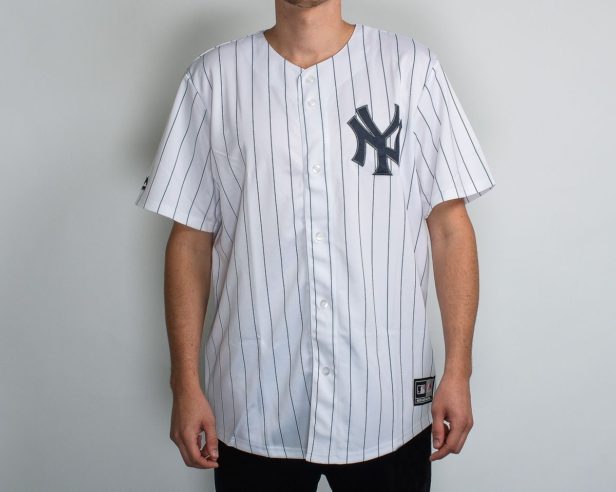 check out 08d28 52e1f Type Shirts Majestic MLB New York Yankees Replica Jersey
