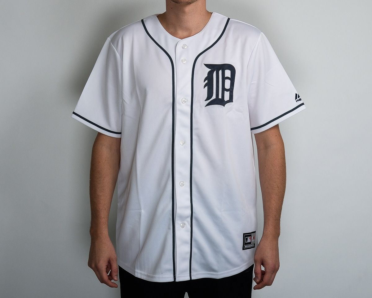 new concept 531fb 68797 Type Shirts Majestic MLB Detroit Tigers Replica Jersey