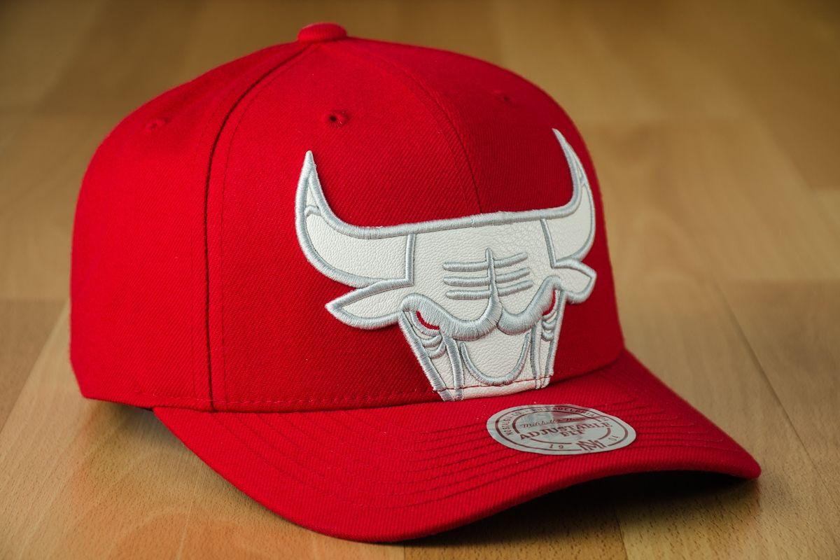 Type Caps Mitchell  amp  Ness NBA Chicago Bulls Katrina 3 Cropped Strapback  Cap 3d3f9e90391