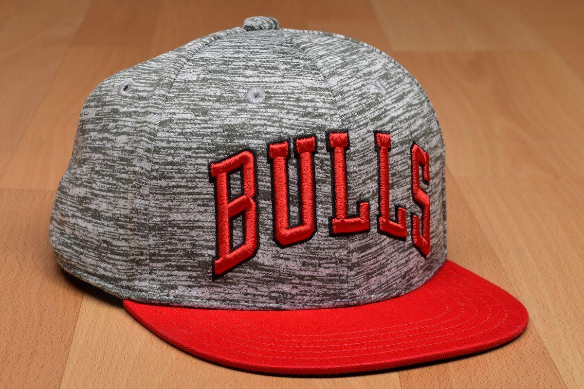 7cb7ecd266185 Type Caps adidas Originals NBA Chicago Bulls Snapback Cap