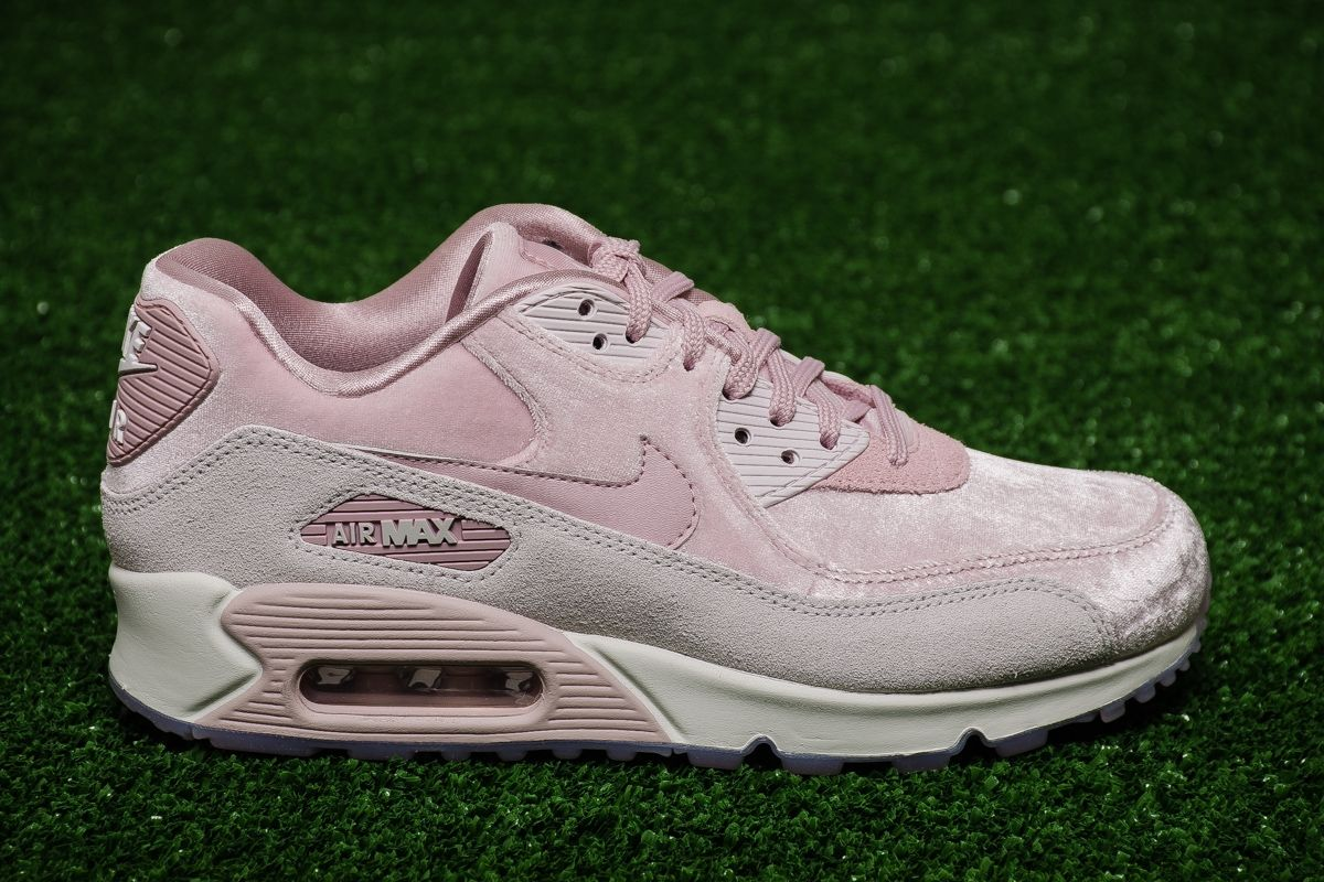 brand new 551ff aca1c Type Casual Nike Wmns Air Max 90 LX