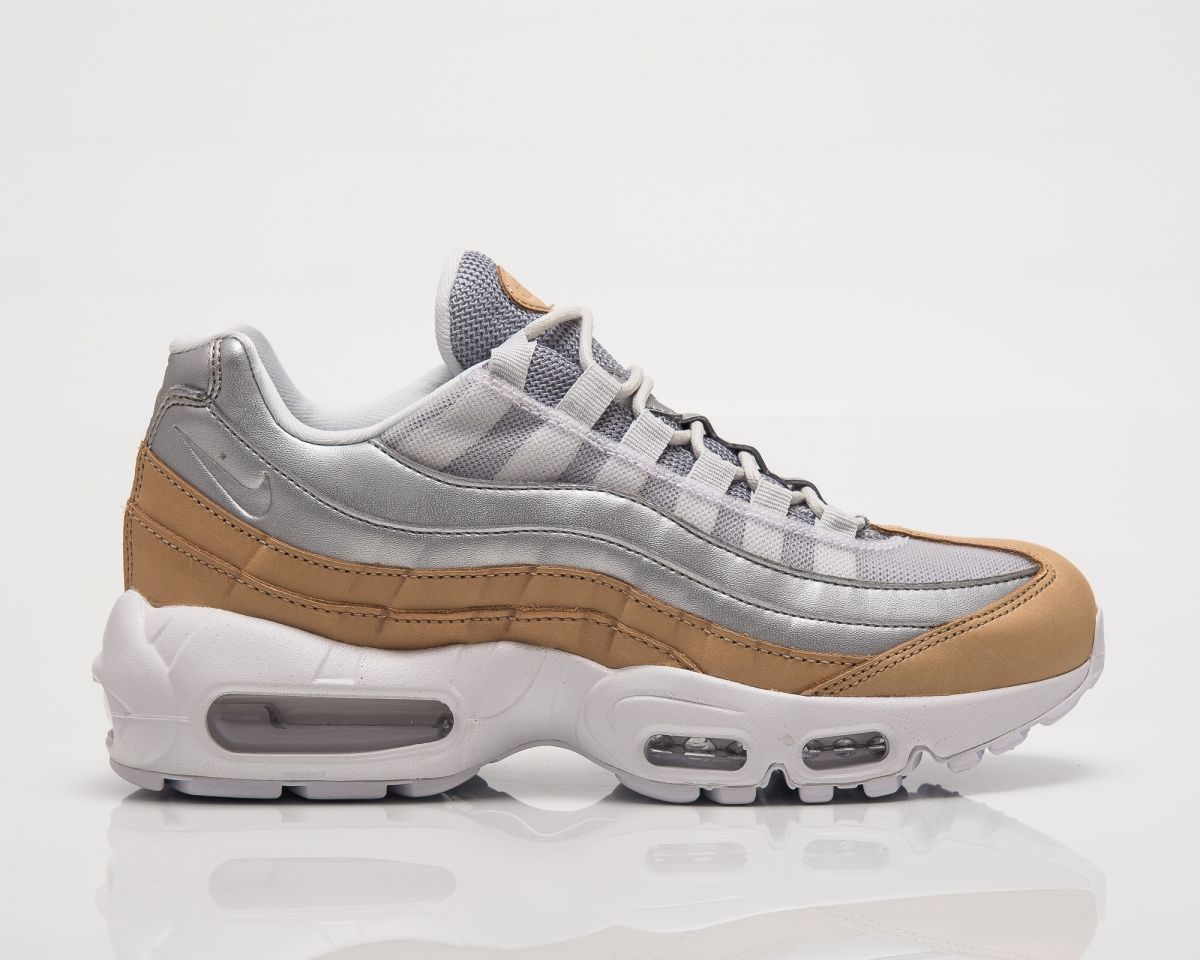 new product c98be 474eb Кецове Nike Wmns Air Max 95 SE Premium Numetallic Pack