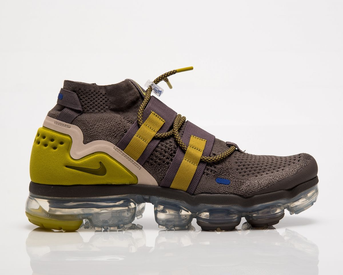 huge selection of c766f dcfca Маратонки за бягане Nike Air VaporMax Flyknit Utility
