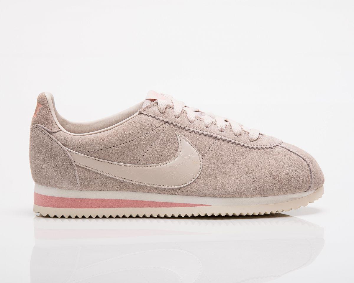 wholesale dealer 5baf8 97dd3 Type Casual Nike Wmns Classic Cortez Suede