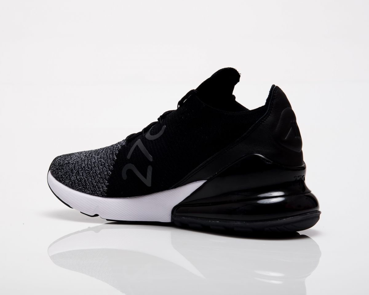 outlet store c0dc3 7185b Кецове Nike Air Max 270 Flyknit Oreo