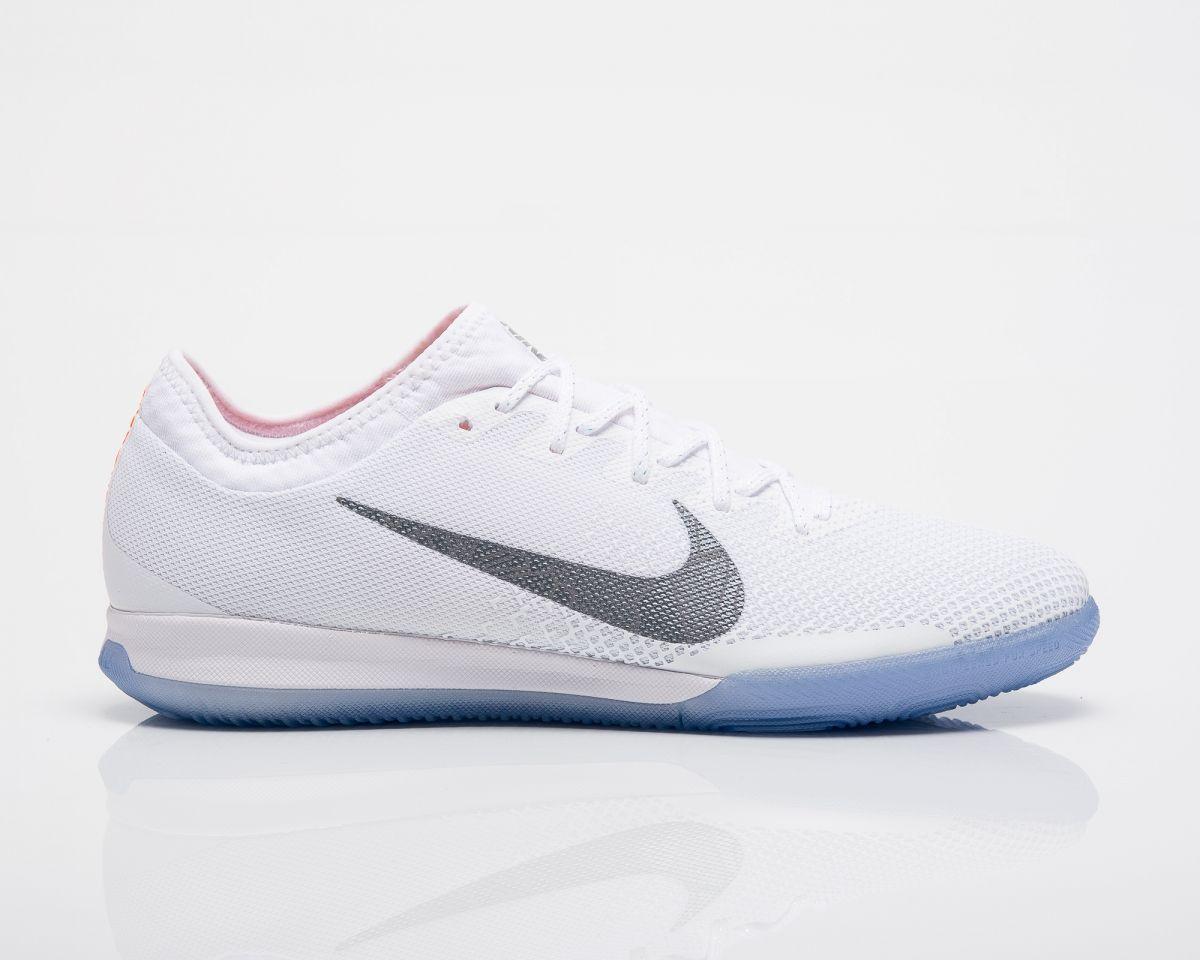 watch 5c971 39548 Type Soccer Nike MercurialX Vapor XII Pro IC