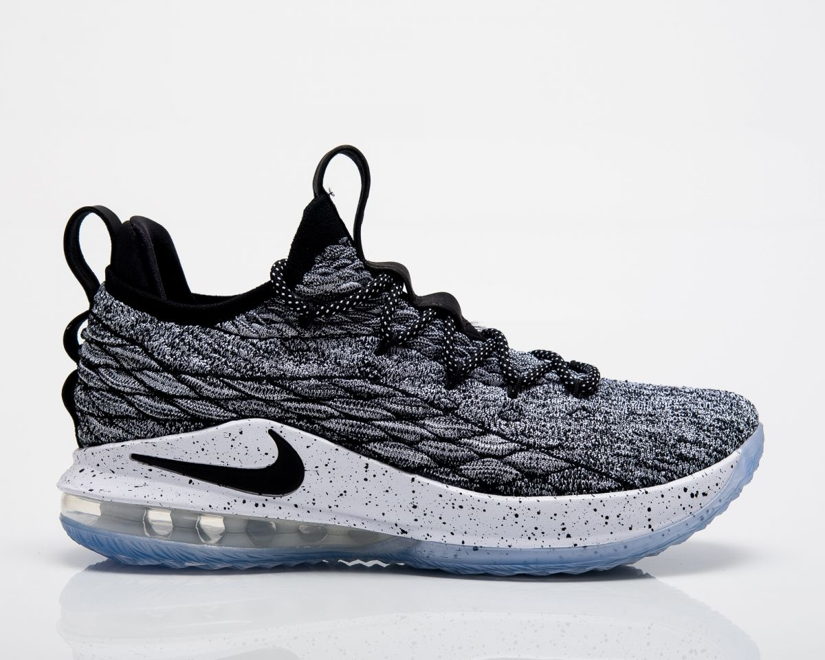 timeless design a0ffa 7cfcf Баскетболни кецове Nike Lebron XV Low Ashes