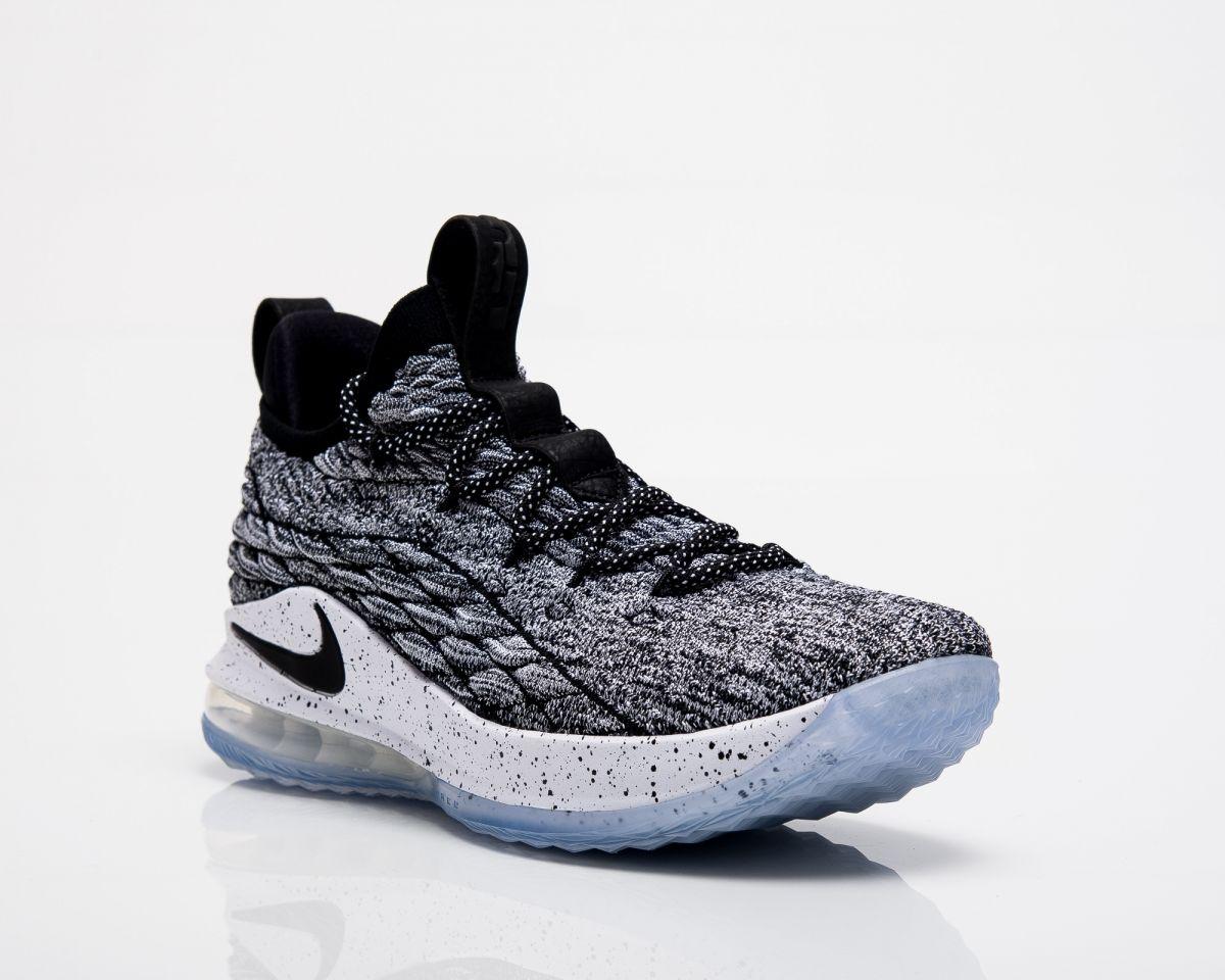 d061b31e6901 Баскетболни кецове Nike Lebron XV Low Ashes