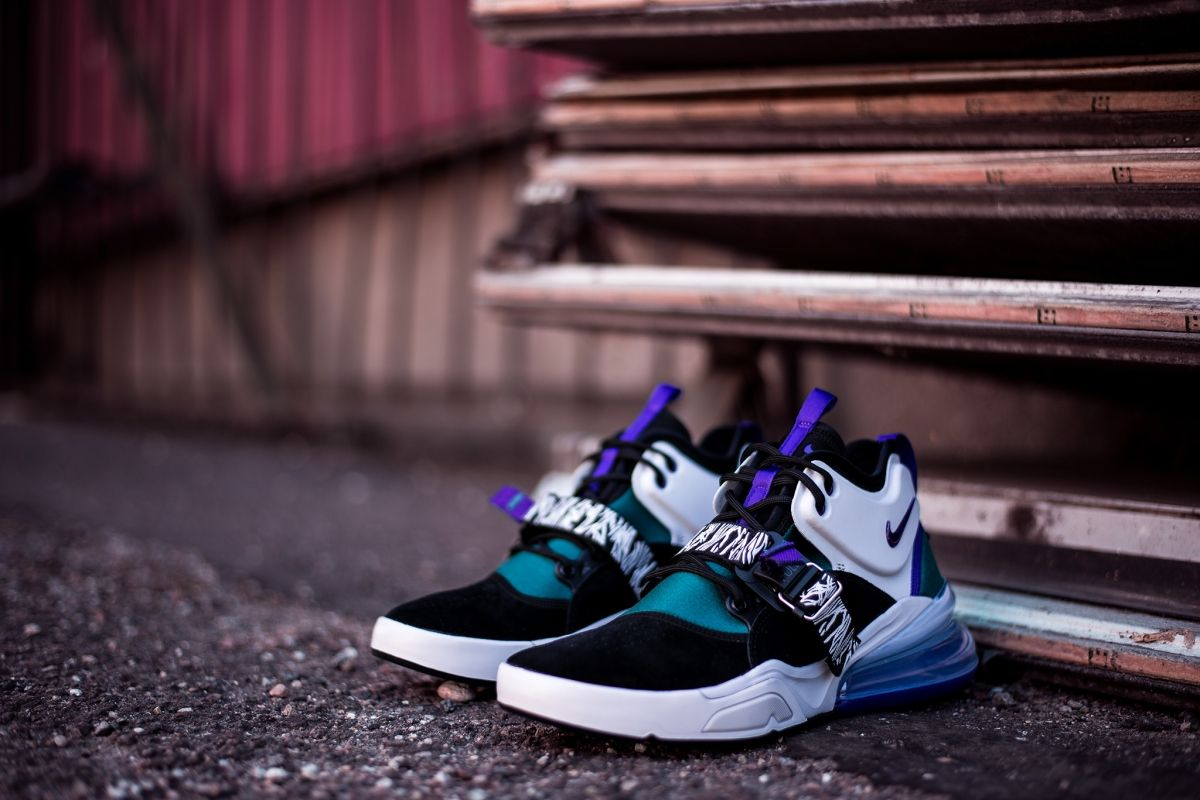 promo code ff266 561a7 Type Casual Nike Air Force 270 Carnivore