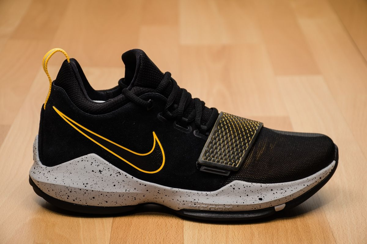 brand new 57866 a2a05 Type Basketball Nike PG 1