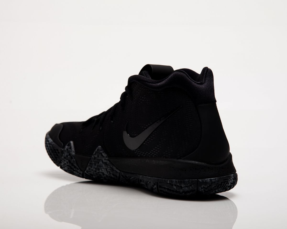 super popular 9c1d9 831bf Type Basketball Nike Kyrie 4 Triple Black