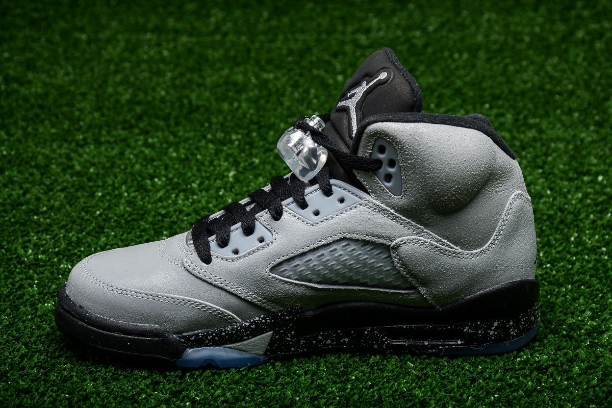 pretty nice 3f4aa 3850c ... australia type casual air jordan 5 retro gg wolf grey 7ef6b c1706