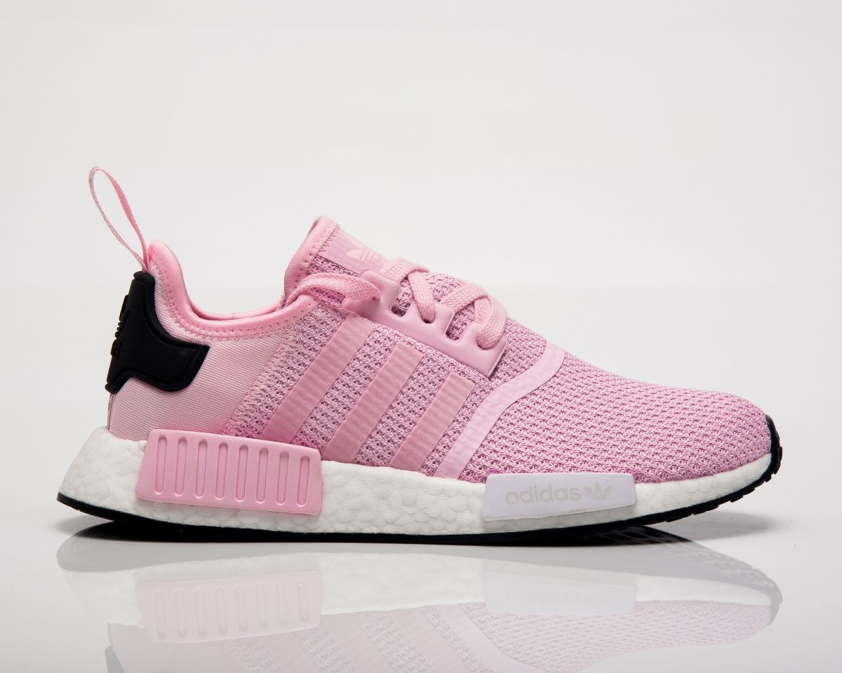 separation shoes 8acc0 013e0 Type Casual adidas Originals Wmns NMD R1