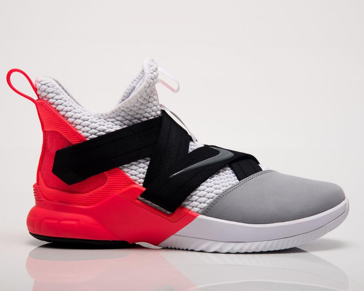 the best attitude 2f2eb 07da3 Type Basketball Nike LeBron Soldier XII SFG Flash Crimson
