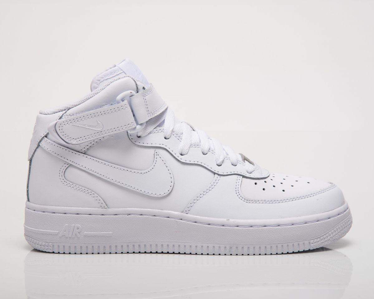 0e7f60632e3c Кецове Nike Air Force 1 Mid GS