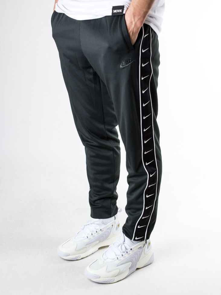 consumidor nacimiento Excretar  Type Pants Nike Sportswear HBR Track Pants
