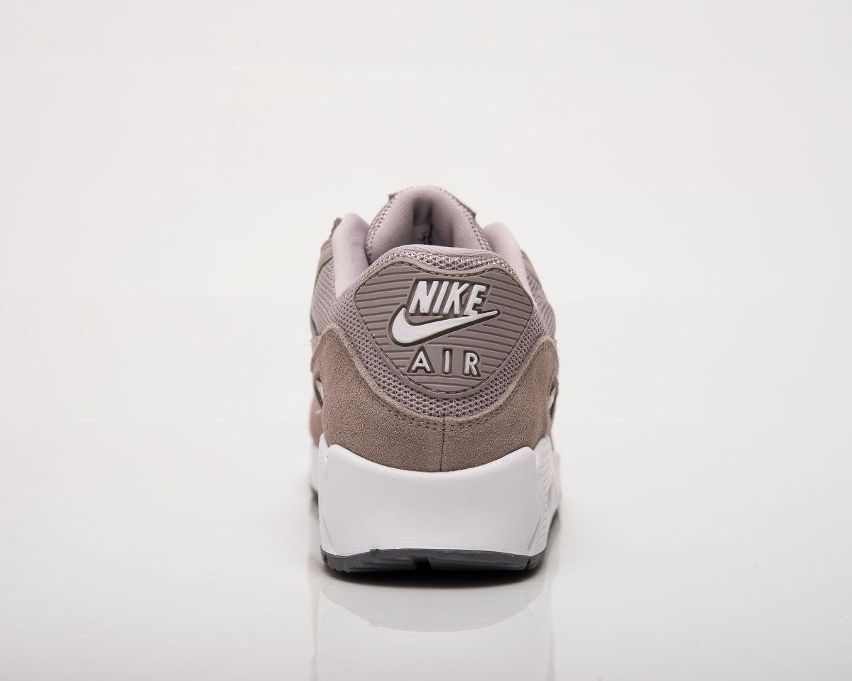 ?????? Nike Air Max 90 Essential