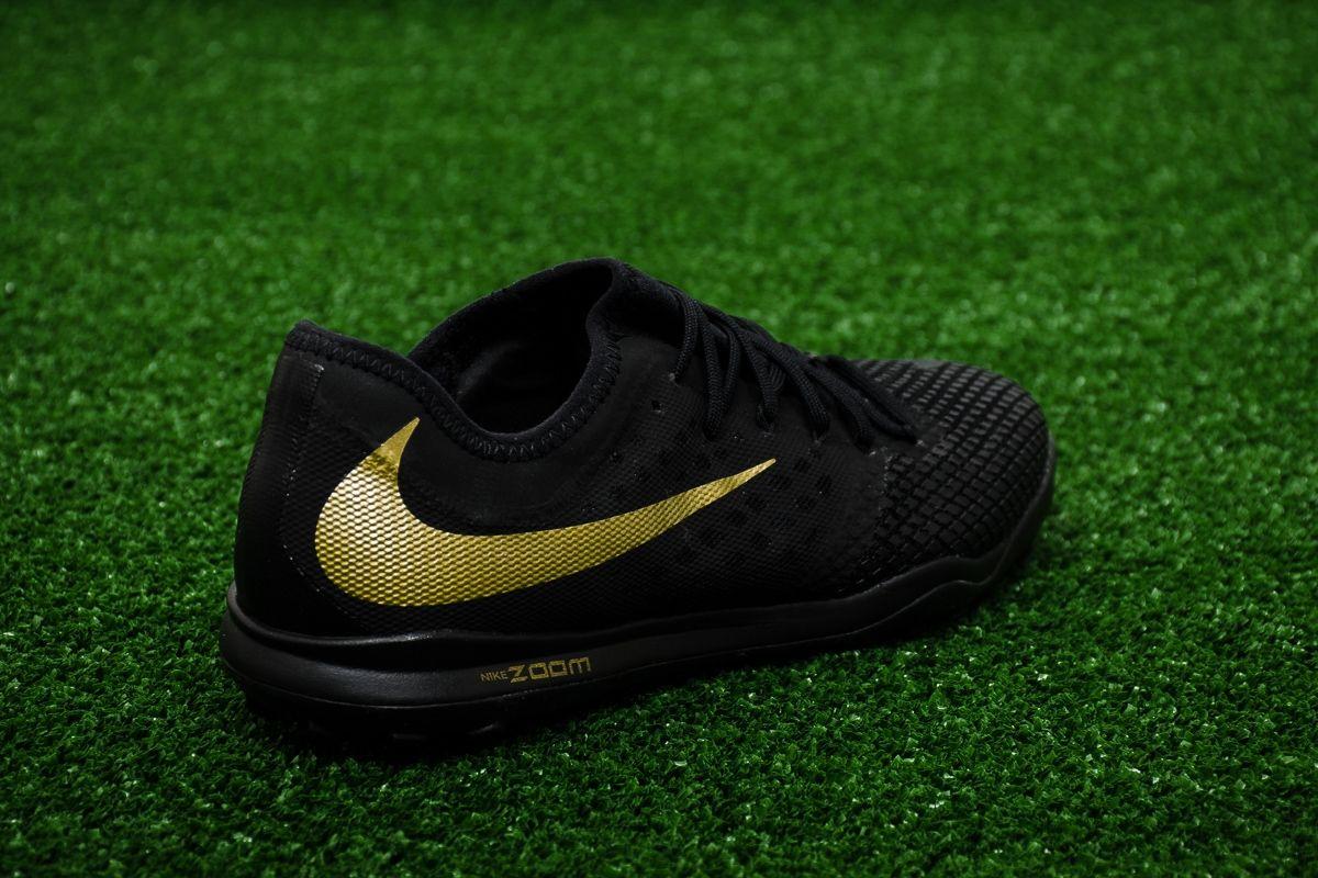 Expresión Especialidad Inicialmente  Type Soccer Nike Hypervenom Zoom PhantomX III Pro TF